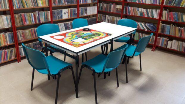 Nowe krzesła do czytelni