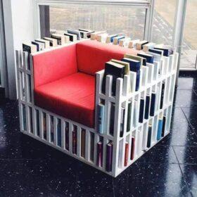 Fotel dla moli książkowych